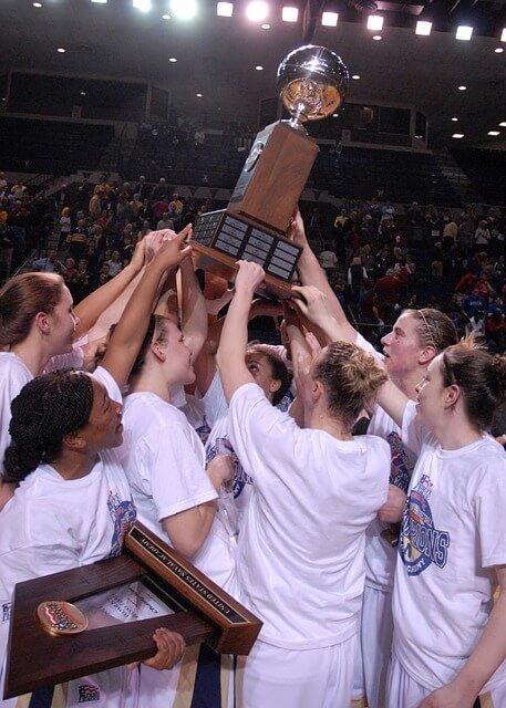 womens college basketball recruiting